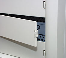 Front panel cover latch